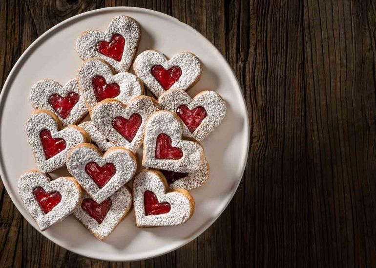 Make the Perfect Plans for Valentine's Day